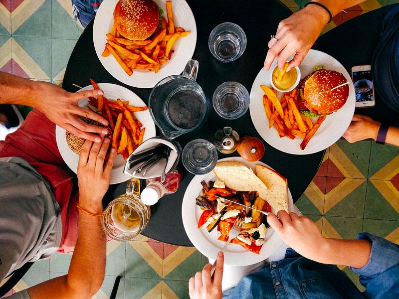 Aritmie, mangiare troppo può causare alterazioni del battito cardiaco